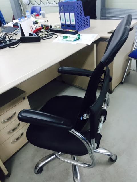 Tổng quan về nội thất bàn ghế văn phòng thanh lý